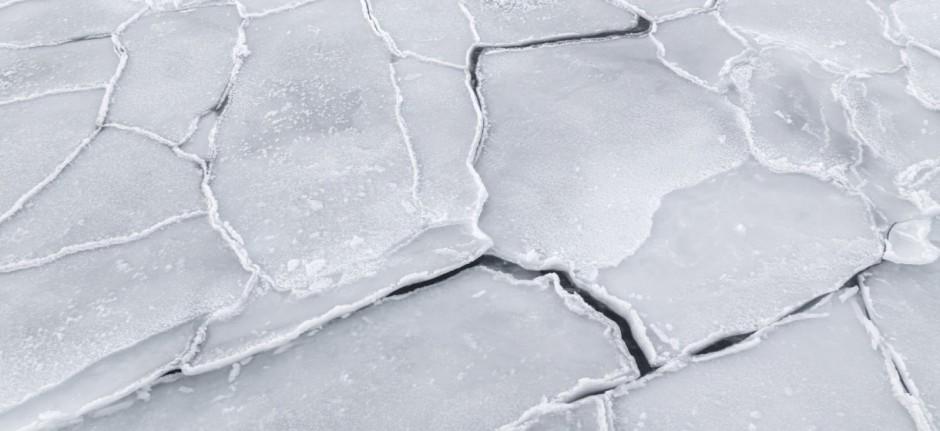 cracked-ice